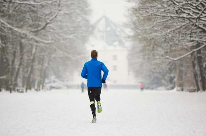 很多人为什么在冬天仍要坚持跑步?