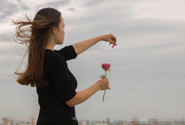 如果遇到你曾经的暗恋对象,你会选择表白吗?
